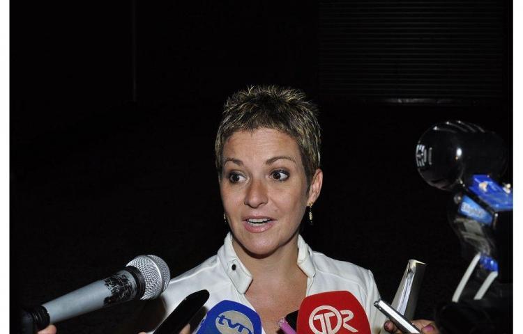 Fiscalía ordena país por cárcel a María Fábrega