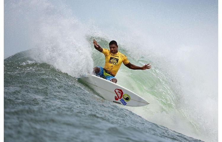 Circuito Nacional de Surf inicia en Bocas