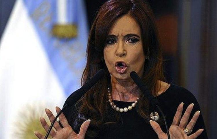 "Los Kirchner se defienden de escándalo ""Panamá Papers"""