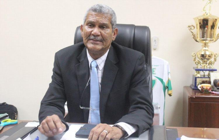 'El rector ha dedicado su vida a esta universidad'