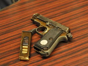 Un adolescente indio se dispara al sacarse un selfie con una pistola