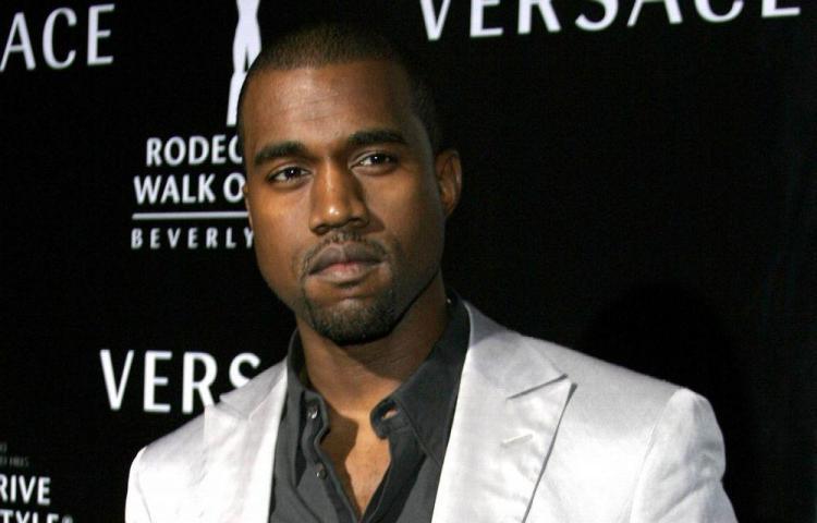 Hospitalizan a Kanye West