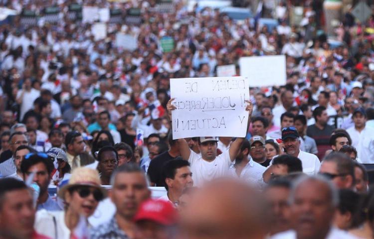 Panameños cabreados de tanta corrupción