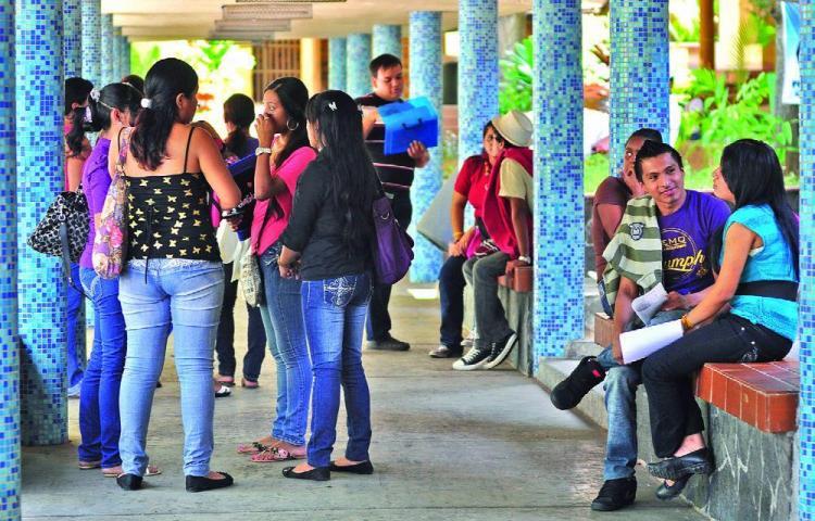 Buscan a jóvenes panameños que tengan liderazgo político
