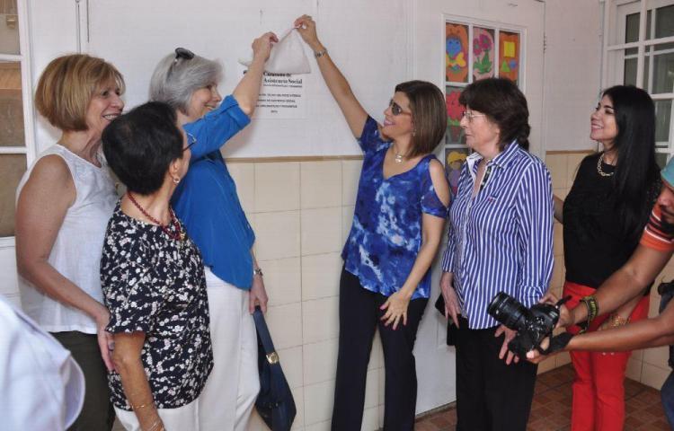 Caravana de Asistencia social realiza visita