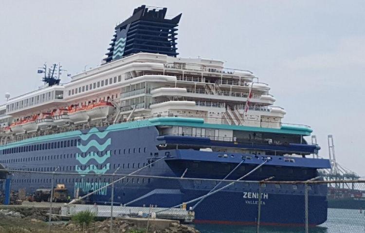 El Zenith zarpará todos los viernes desde Puerto Colón 2000