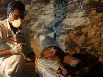 Hallan tumba faraónica de 3,500 años