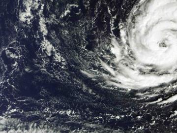 Ofelia alcanza la categoría 3 rumbo al archipiélago portugués de las Azores