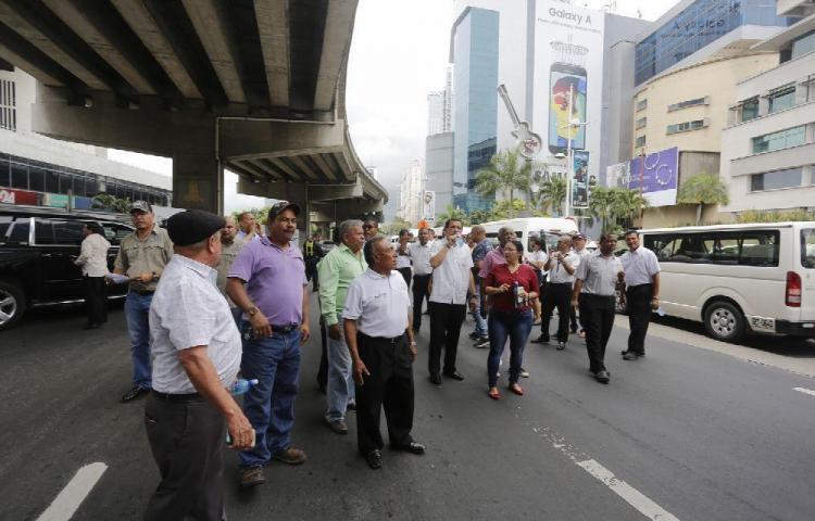 Transportistas divididos llegan a paro de 24 horas
