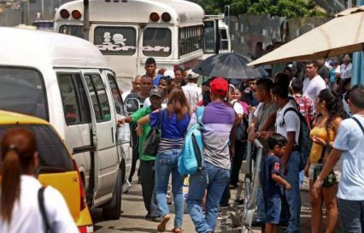 ATTT reitera que cancelará los cupos a transportistas que suspendan el servicio