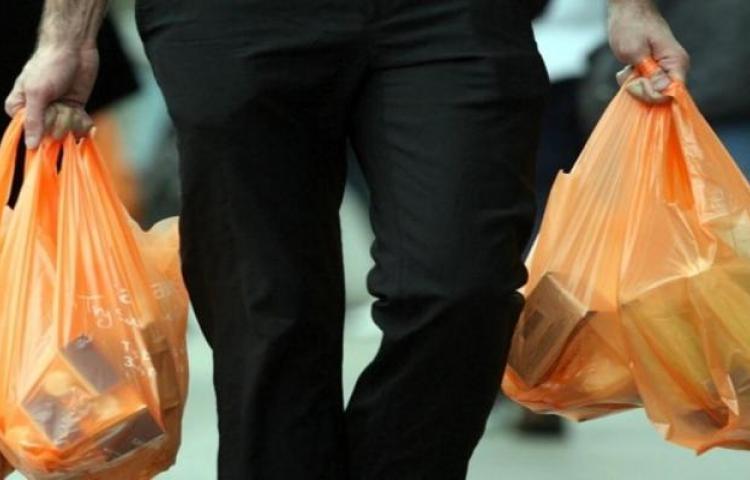 Aprueban proyecto de ley que fomenta uso de bolsas reutilizables