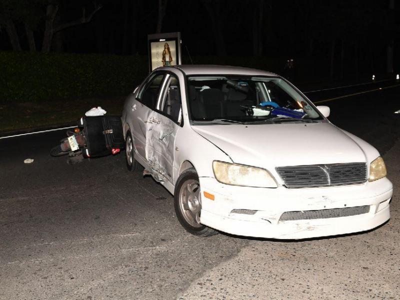 Motorizado muri luego de colisionar con un sed n el siglo for Cementerio jardin de paz panama
