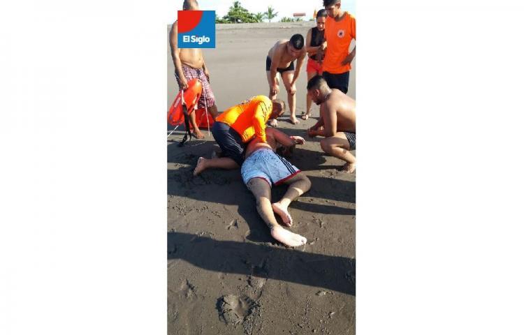 Se salvaron de 'la pelona', realizan cuatro rescates en La Barqueta, Chiriquí