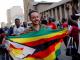 Mugabe dimite como presidente de Zimbabue