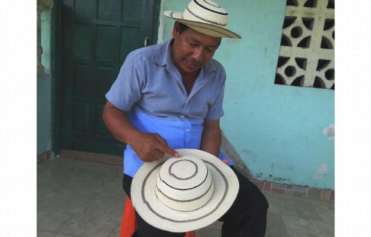 Técnica del sombrero pinta'o es patrimonio