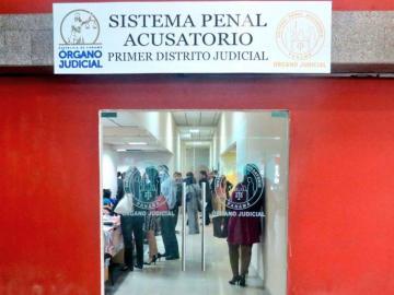 Doctora chama chimba tiene país por cárcel