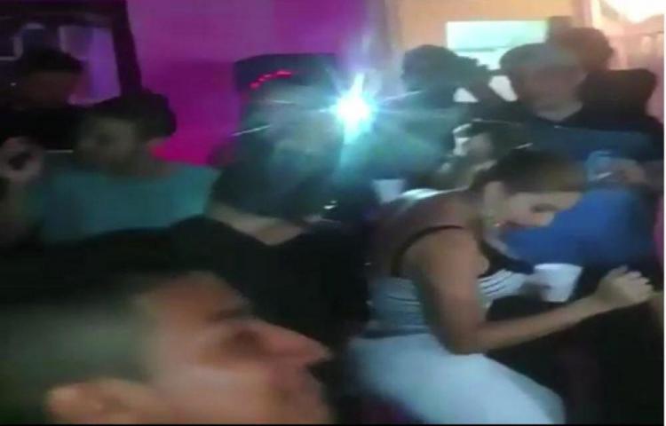 Diputados panameñistas se 'menean'