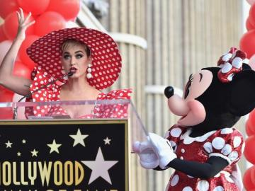 Minnie Mouse recibe su estrella en el Paseo de la Fama de Hollywood