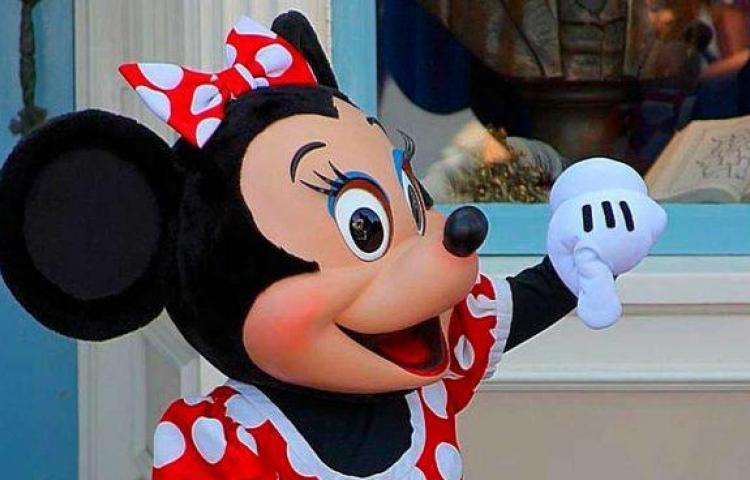 Minnie Mouse recibe estrella en el Paseo de la Fama de Hollywood