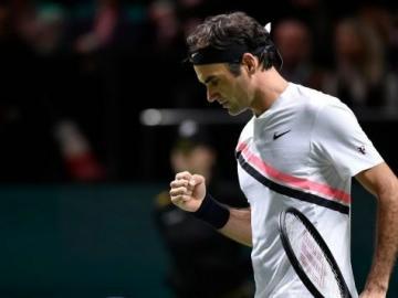 Federer sigue infalible y gana en Rotterdam