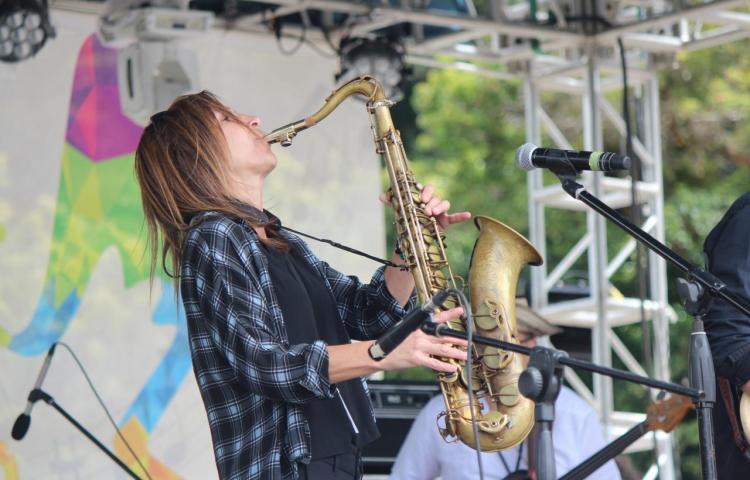 Jazz se toma un poblado de montaña de Panamá para apoyar la educación musical