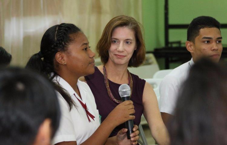 Roxanne Cabral asume su puesto de embajadora de los EE.UU. en Panamá