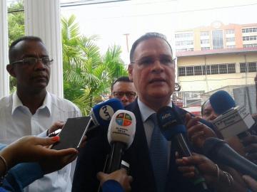 Bancada del PRD dialoga con miembros del CNA sobre la crisis política del país