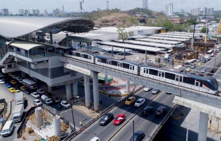 Línea 2 del Metro reporta 70% de avance
