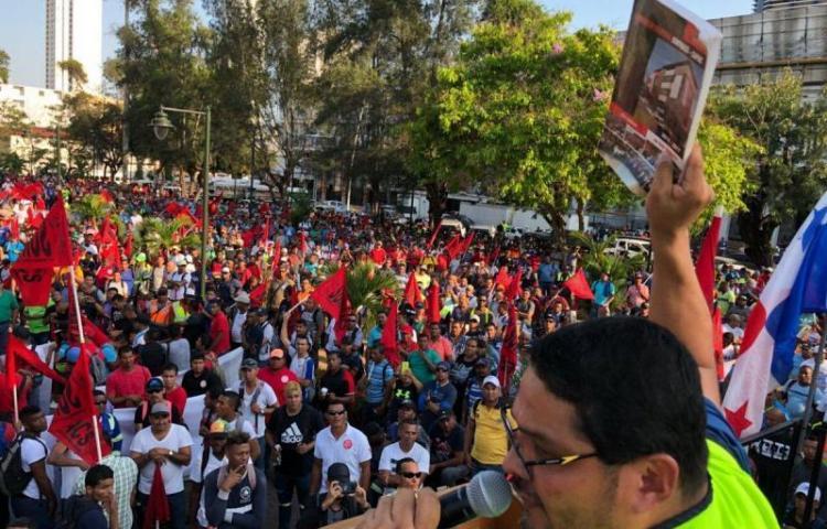 Garantizan el orden público durante huelga obrera