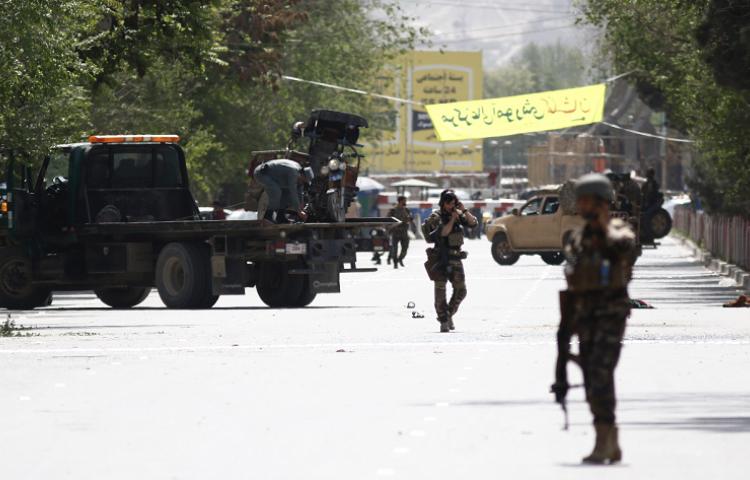 Al menos 9 periodistas entre los muertos del doble atentado en Afganistán