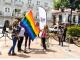 Izan la bandera arcoiris del Pride Panamá 2018 en la Plaza Catedral