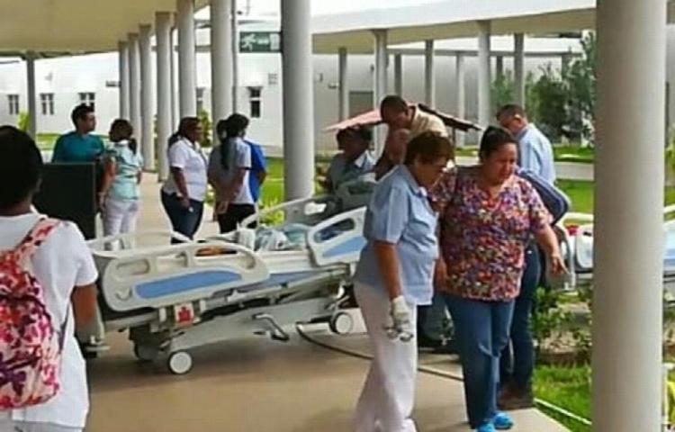 Reubican pacientes tras sismo ocurrido en Azuero