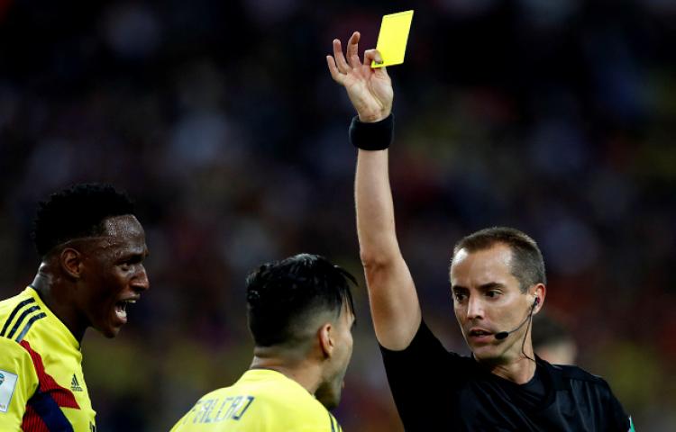 Reducen el número de árbitros para la final del Mundial, Geiger estará allí
