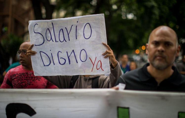 Mantienen las protestas por salarios