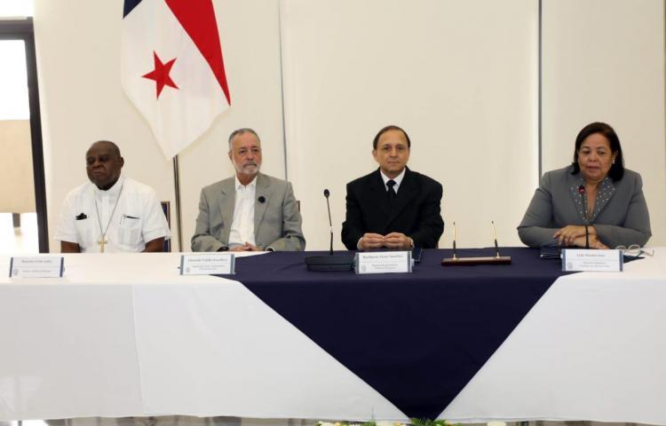 Firman convenio de financiamiento para observación de las elecciones