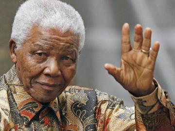 Dos hijas de Mandela llevarán al Tribunal un pleito por su herencia