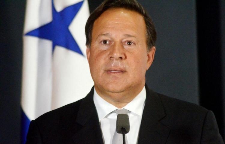 Presidente Varela viajó fuera del país con su familia