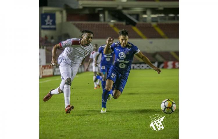 3-0. Árabe Unido golea al Arnett Gardens en el arranque de la Liga Concacaf