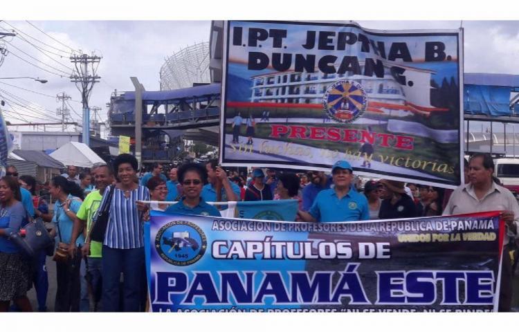 Educadores de Panamá Este, cansados de ser engañados