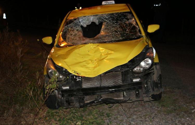 Taxista alega que le robaron el auto