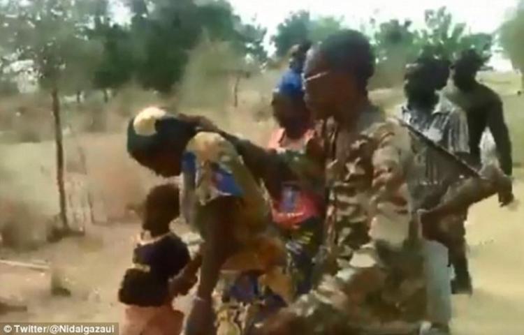 Arrestados por ejecución de mujeres y niños
