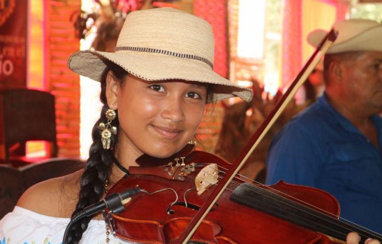 Festival del Manito, homenaje a la cultura y el folclor