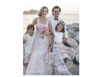 Carlos Vives y Claudia Elena Vásquez renovaron sus votos de casados