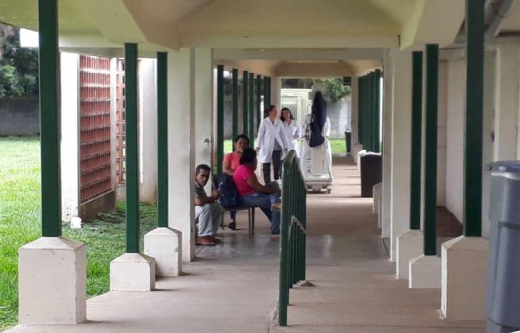 Hospital de Las Tablas se queda sin salón de operaciones