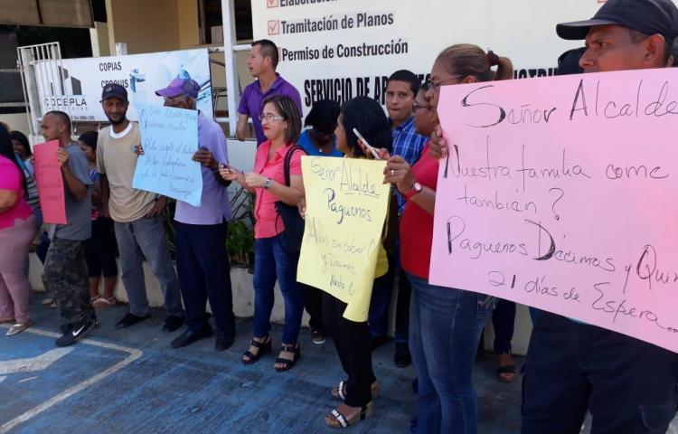 Funcionarios de las juntas comunales de Arraiján siguen sin cobrar sus quincenas