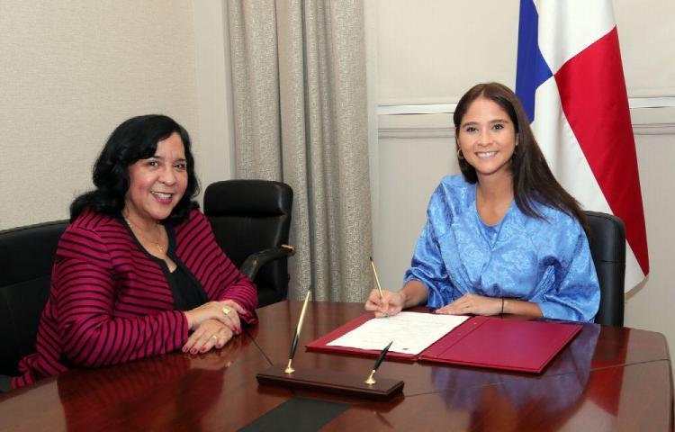 Exministra, nueva embajadora en Chile