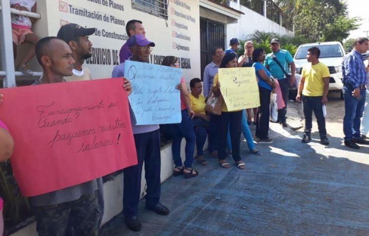 Funcionarios de Arraiján amenazan con paro