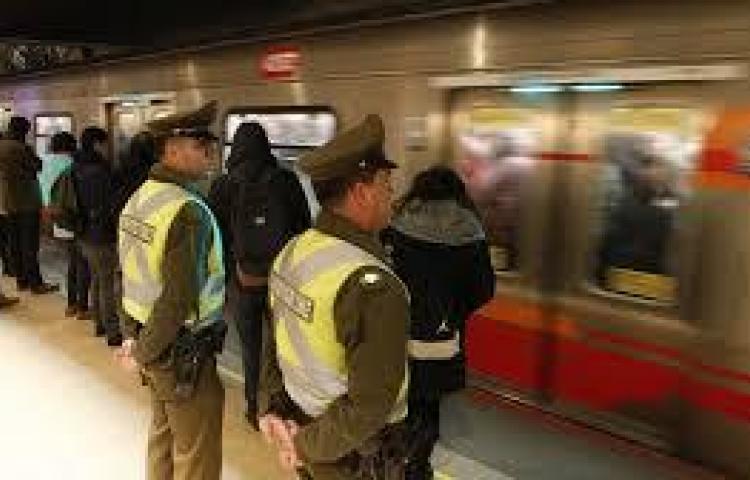 Más seguridad en metro tras ataque