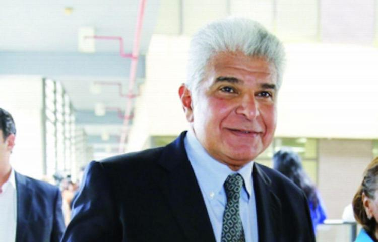 Muñoz se lleva a 22 de CD para Alianza
