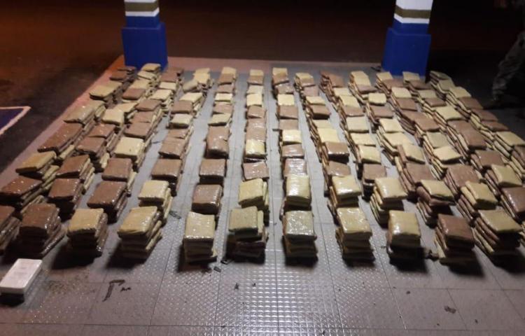 Diez años de prisión para 4 colombianos por tráfico de drogas y conspiración
